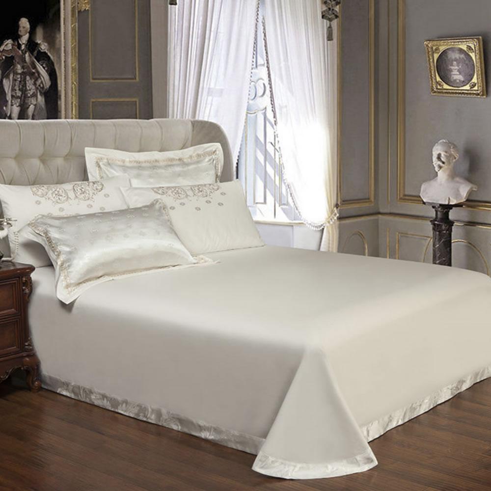 elegant bedding