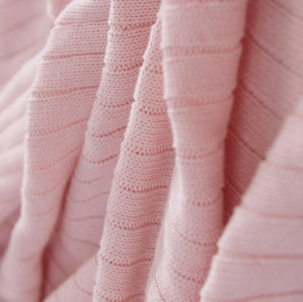 Super Soft Comfortable Cotton Knitted Throw Blanket with Pom Poms for Sofa/Bedding/Couch Cover